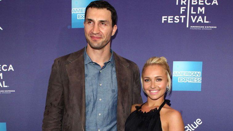 Вот так размер! Жена Владимира Кличко показала пышную грудь в откровенном платье (ФОТО)