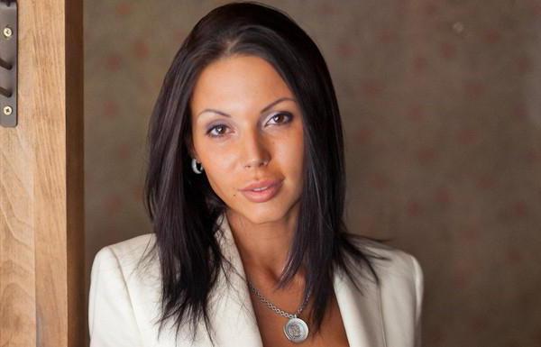 А она никак не успокоится: беременная Оксана Самойлова распугала всех посетителей заведения своим поступком (ФОТО)