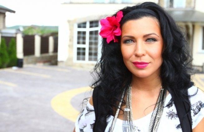 Вы онемеете от прочитанного: Певица Елка призналась в особом связи с умершим