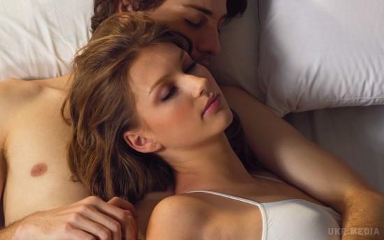 Совет для мужчин: не спешите вставать с постели. Уделите этому занятию 10 минут. Эффект вас поразит