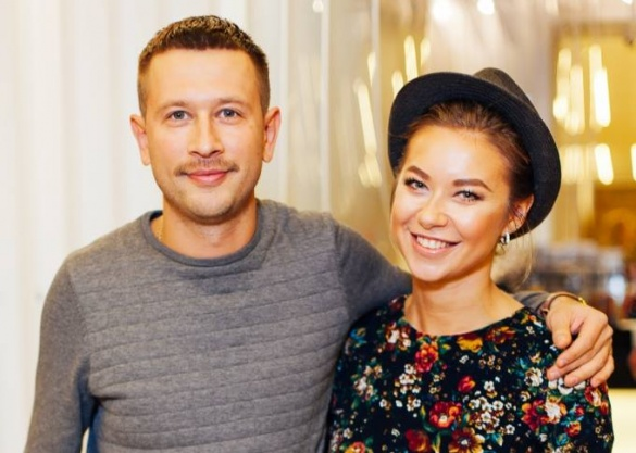 А животик уже немаленький: Дмитрий Ступка и Полина Логунова впервые станут родителями (ФОТО)