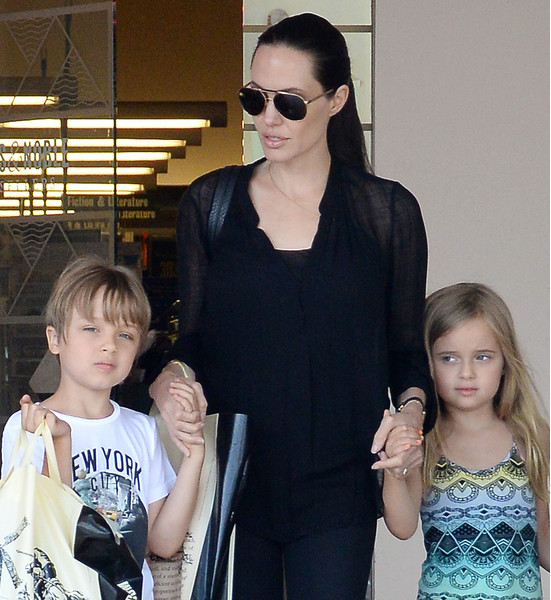 NO JUST JARED USAGE Angelina Jolie takes Vivienne and Knox Jolie-Pitt shopping at Barnes & Noble in Los Angeles****NO DAILY MAIL SALES*** Pictured: Angelina Jolie, Vivienne Jolie-Pitt, Knox Jolie-Pitt Ref: SPL1083143  190715   Picture by: Splash News Splash News and Pictures Los Angeles:	310-821-2666 New York:	212-619-2666 London:	870-934-2666 photodesk@splashnews.com