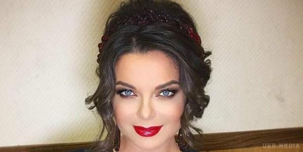 «Непослушная девочка» Королева опубликовала откровенное видео с мужем — сеть потрясена