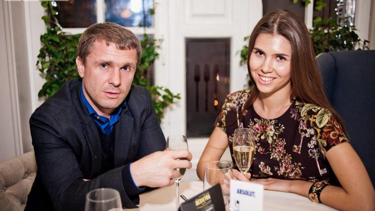 Выставила все, что только можно: как развратная жена известного украинского футболиста обнажилась (ФОТО)