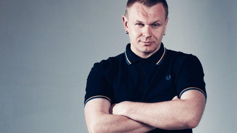 Целого ничего не оставили: известного украинского телеведущего и лидера группы обокрали
