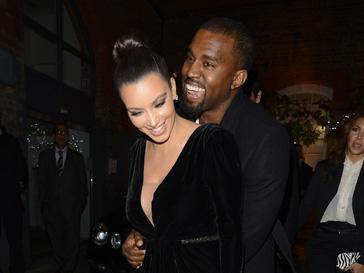Kim Kardashian, Kanye West, Khloe Kardashian, Kourtney Kardashian and Scott Disick leaving Hakkasan.