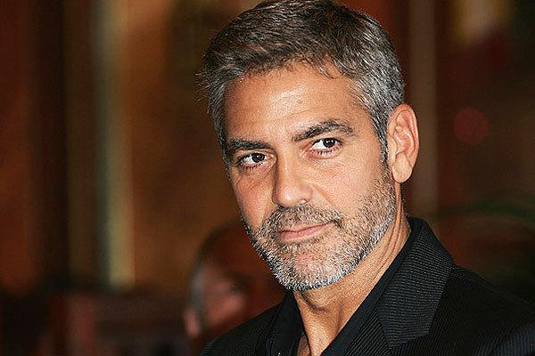 Сюприз на старости лет: Джордж Клуни посетил поклонницу, которой 87 лет (ФОТО)