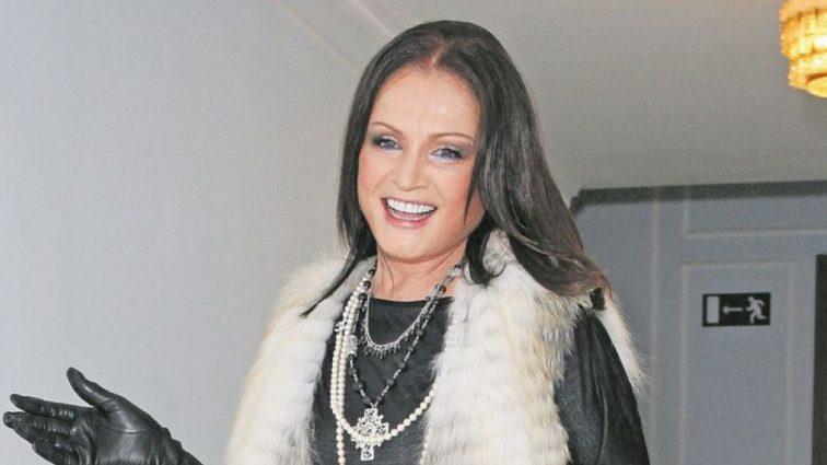 Девушка-весна: роскошная София Ротару потрясла своими современными платьями на концерте