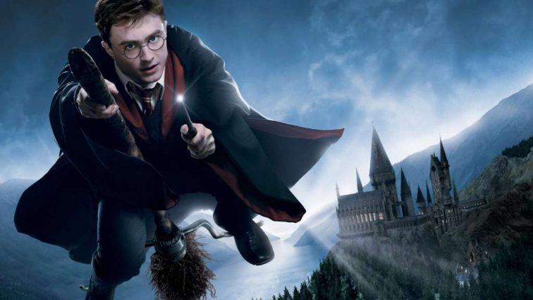 Актер из «Гарри Поттера» сломал 15 ребер, ногу и шею в ДТП