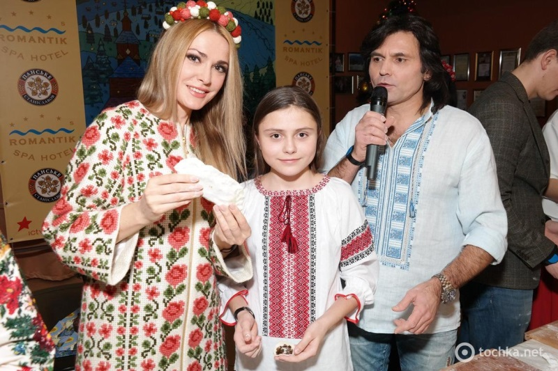 Ольга-Сумська-з-сімєю