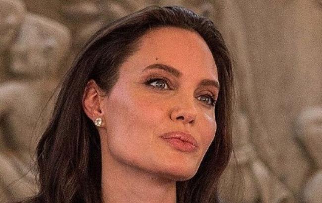 Джоли снова под венец: Питт в слезах! Анджелина выбирает свадебное платье. НЕ попадайте!