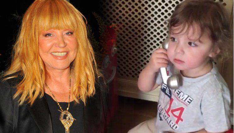 Вы такого еще не видели: Как 3-летний сын поздравил зікову маму С Днем Народженняя! Только не заплачте!(ВИДЕО)