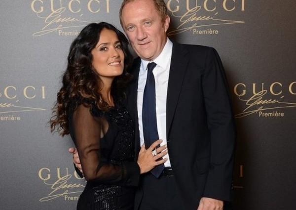 Сальма Хайек устроила мужу мегаскандал из-за таинственной Елены
