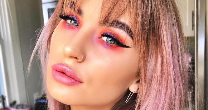 Тренды-2017: розовые тени признаны одним из главных трендов в макияже этой весной