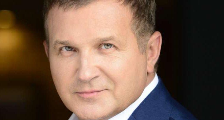 «Царская подача», — Как на самом деле проводит вечер Юрий Горбунов (ФОТО)