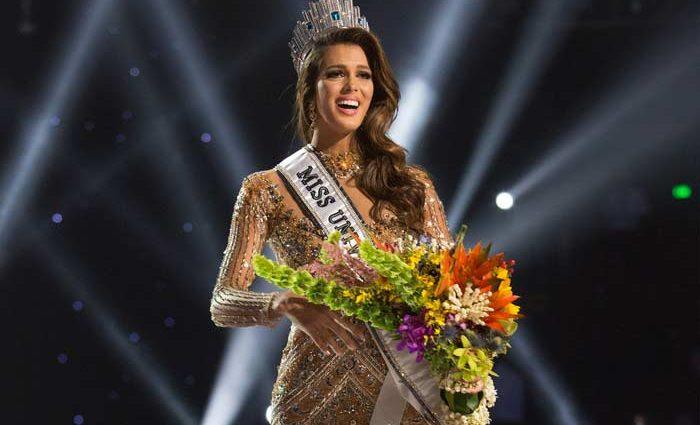 Вы такой красоты даже представить не можете!!! Мисс Вселенная вышла на красную дорожку в Каннах