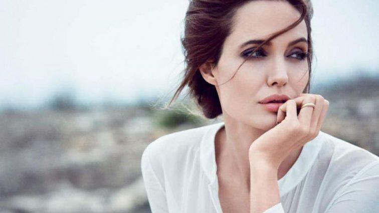 Большие перемены: Анджелина Джоли потрясла всех новостями собственной жизни! Вы будете ошеломлены!