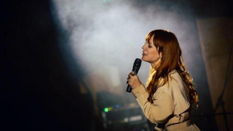 Слезы на глазах: Украинская певица трогательно поддержала воинов на передовой!