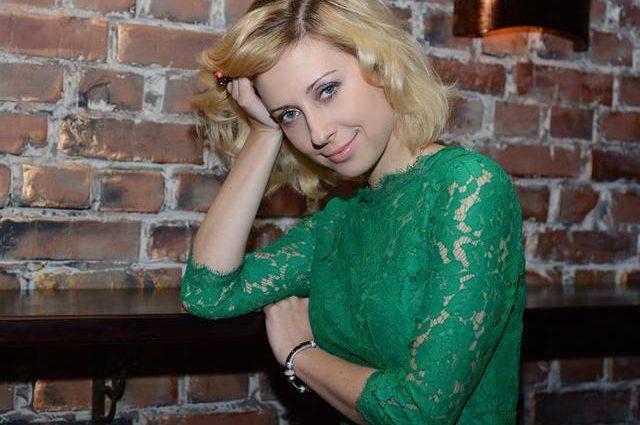 Мирзоян плачет… В Сети разгуливают развратные фото с девичника Тони Матвиенко, такой ее еще никто не видел