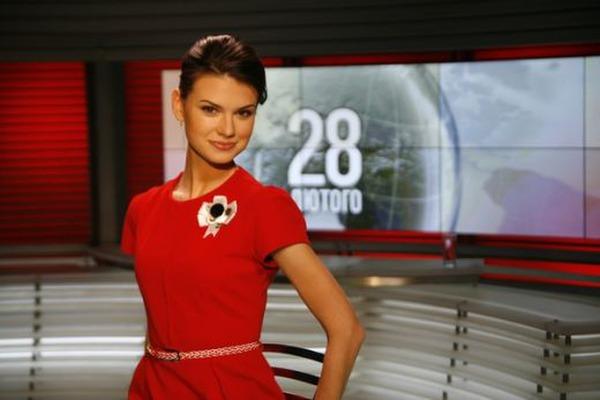Только не обожгитесь!!! Известная украинская ведущая показала откровенные фото с эротической фотосессии (18+)