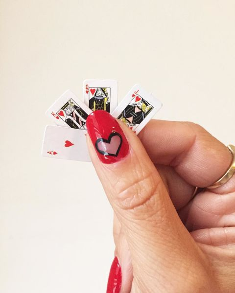 elle-red-nail-designs-dolly