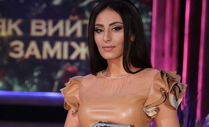 Аполлон!!! Известная ведущая Роза Аль-Намри впервые показала своего мужа, от его красоты глаза на лоб лезут
