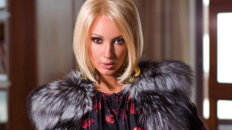46-летняя Лера Кудрявцева поделилась пикантным фото