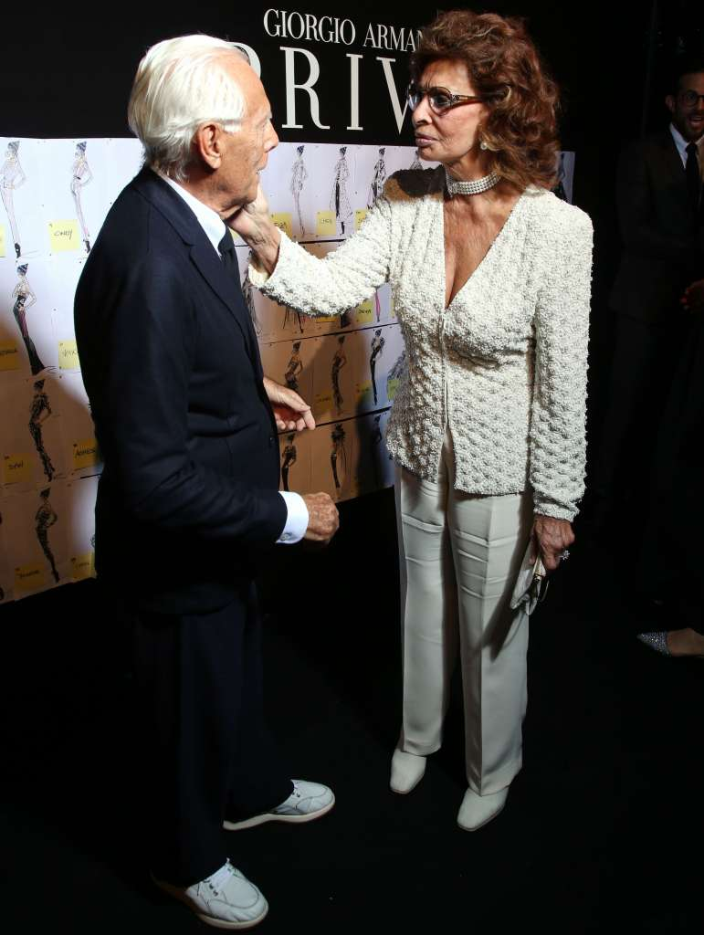 giorgio_armani_and_sophia_loren_backstage1