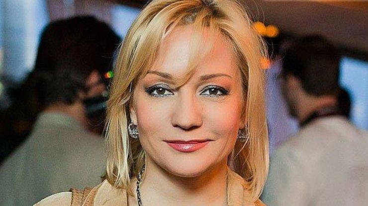 Глазам не верится!!! Татьяна Буланова впервые показала свою загадочную маму, ну просто одно лицо
