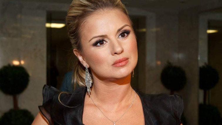 В отчаянии! Анна Семенович обратилась к фанатам с шокирующим просьбой