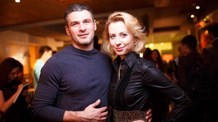Вы влюбитесь в эту семью! Тоня Матвиенко показала семейные фото с Арсеном Мирзояном и подросшие дочкой