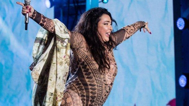 Богиня презервативов!!! Лолита шокировала поклонников новым откровенным видео