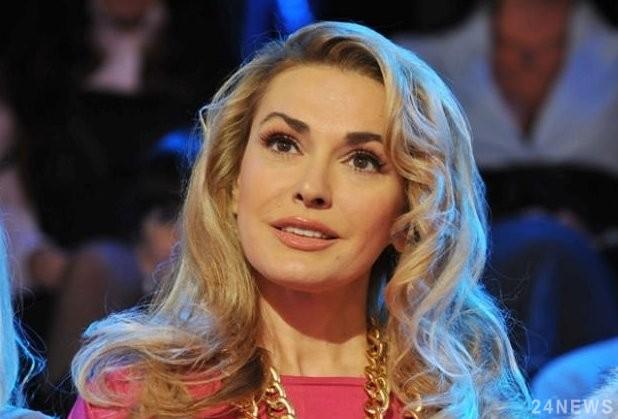 Слезы на глазах: Ольга Сумская рассказала шокирующую информацию о рождении внучки, все рыдали