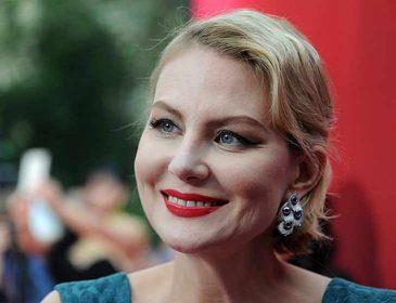 Рената Литвинова прокомментировала свою свадьбу с певицей Земфирой
