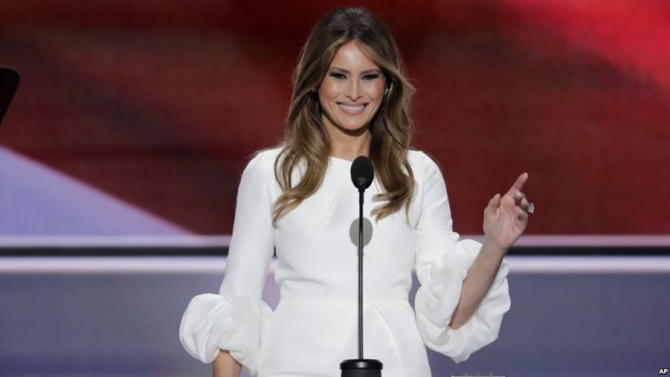Невиданная пошлость! Мелания Трамп пришла на благотворительный вечер без нижнего белья