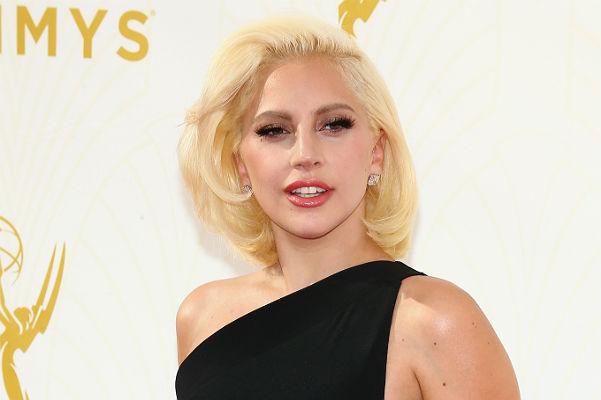 Леди Гага и ее бойфренд заручились