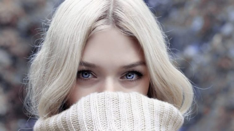 Нет морщинам: как ухаживать за кожей вокруг глаз