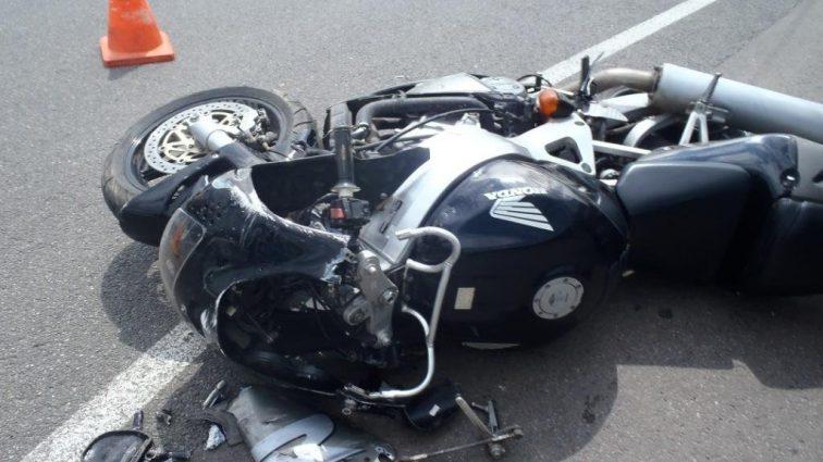 Сын известного певца разбился на мотоцикле