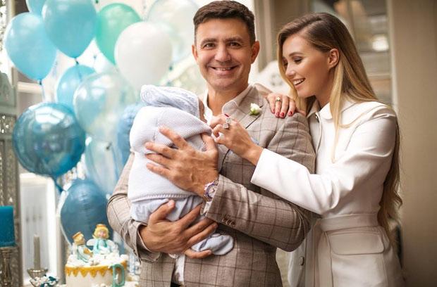 Маленький Давид: Жена Николая Тищенко показала первые шаги сыночка