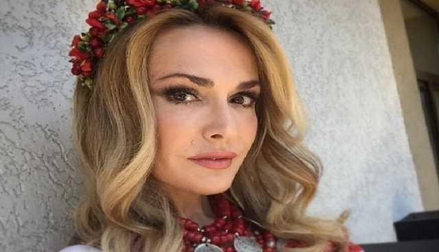 Гастролирует по Украине: Ольга Сумская поехала на море