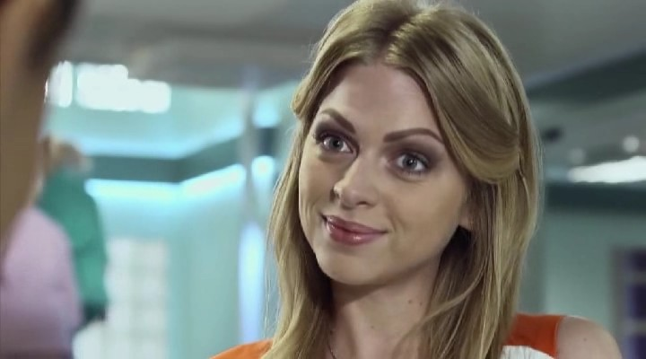 «Абсолютно не могу жить без …»: Яна Глущенко вернулась из декрета