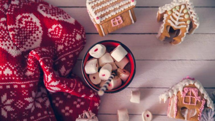 Рождественские свитера, которые станут украшением праздника