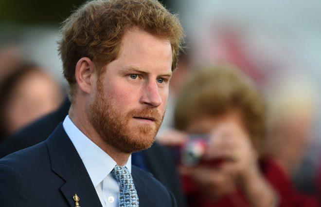 Почему в Сети раскритиковали официальные фото принца Гарри и Меган Маркл