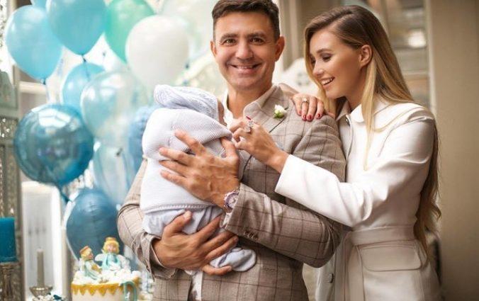 Золотая русалочка! Как молоденькая жена Николая Тищенко «переплюнула» всех украинских селебритис на красной дорожке