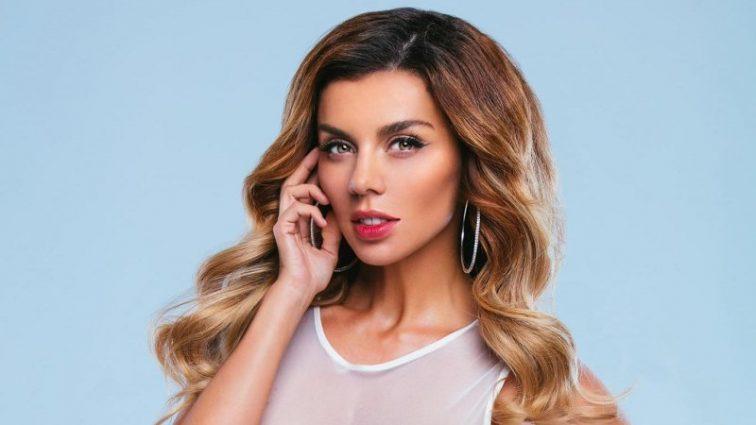 Ей так хотелось быть как все: Аня Седокова призналась в своих комплексах