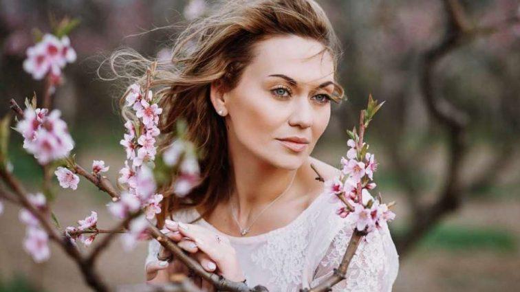 «Мы всегда втроем»: А вы видели мужа «украинской Анджелины Джоли» Анна Саливанчук? Вот это красавец