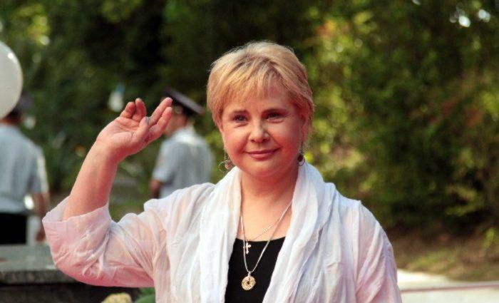 Редко выходит в свет и почти не снимается в кино: Татьяна Догилева не узнали поклонники