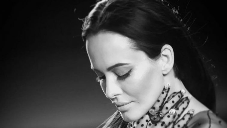 Даша Астафьева в новом клипе рассказала о самом главном