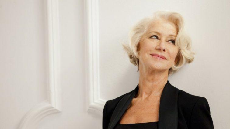 «Покорила каждого» Знаменитая Хелен Миррен похвасталась платьем-вышиванкой в утреннем шоу