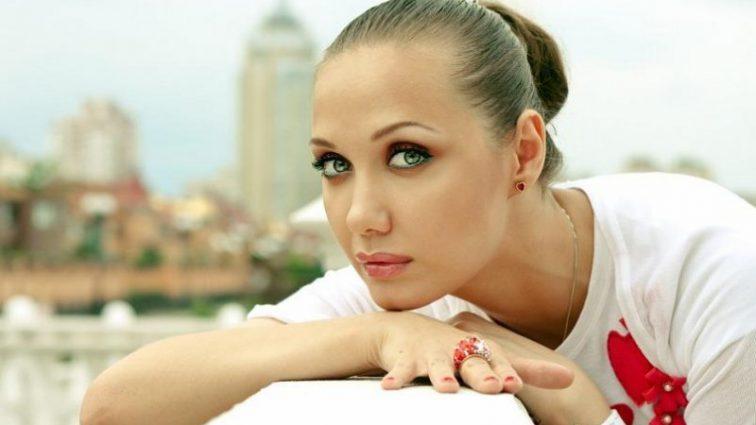 Оказалась в больнице: Евгения Власова рассказала о заболевании дочери